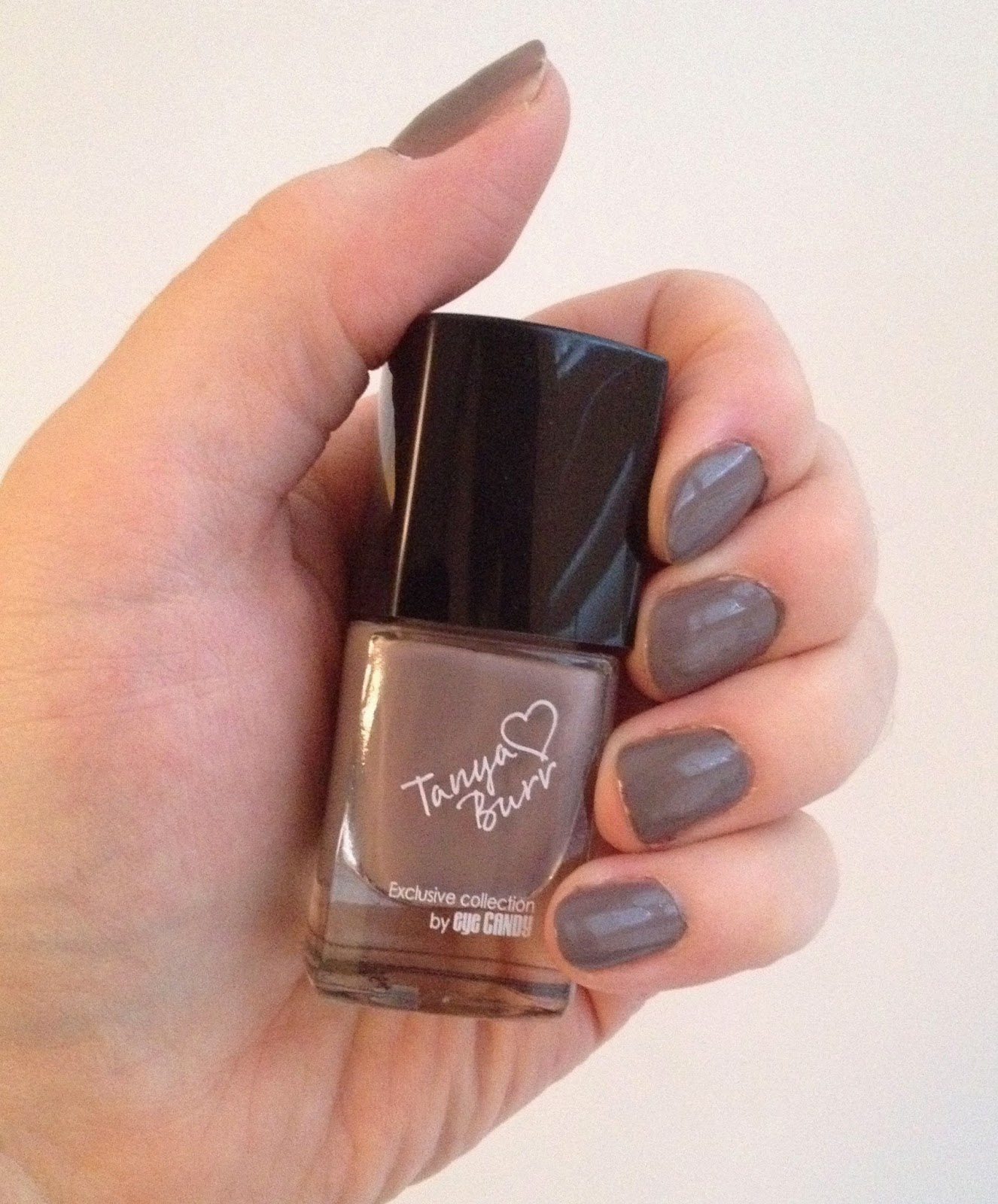Tanya Burr Nails Nail Polish Penguin Chic
