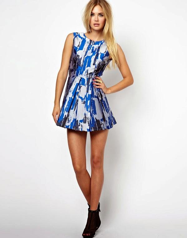 Femulate Dress