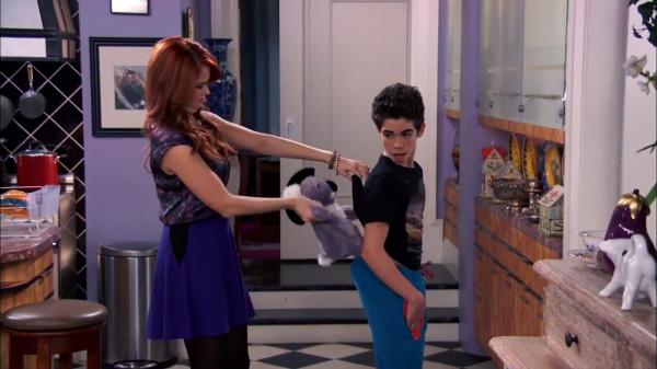 Disneychannelears Disney Channel Pulls The Jessie Episode Quitting Cold Koala From It 39 S Schedule
