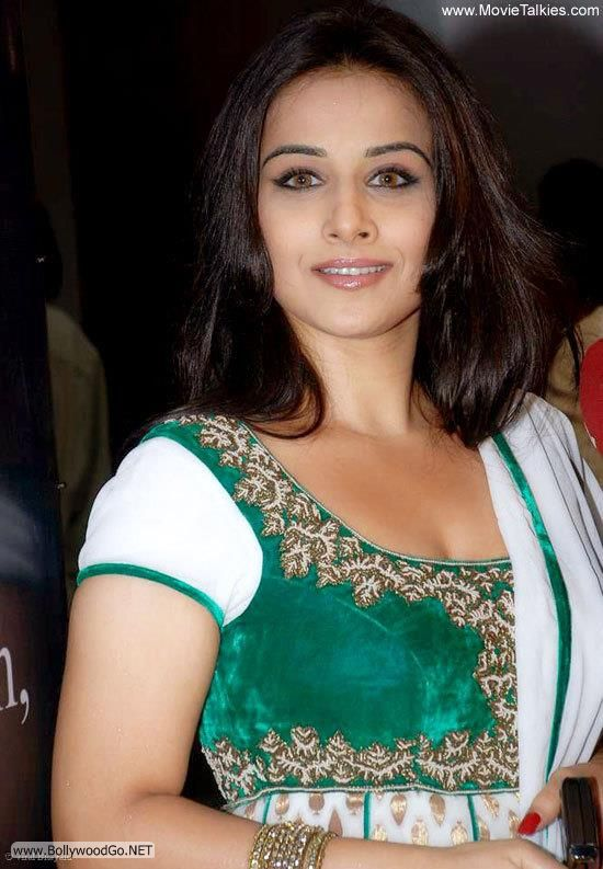 Pin by deeps d on Cotton saree   Indian bollywood actress