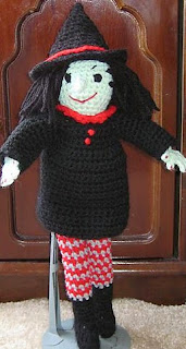 http://web.archive.org/web/20121017135600/http://www.sfcrochets.com/patwitch.htm