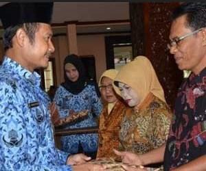 Gaji PNS Fantastis DKI Jakarta Cair Juga