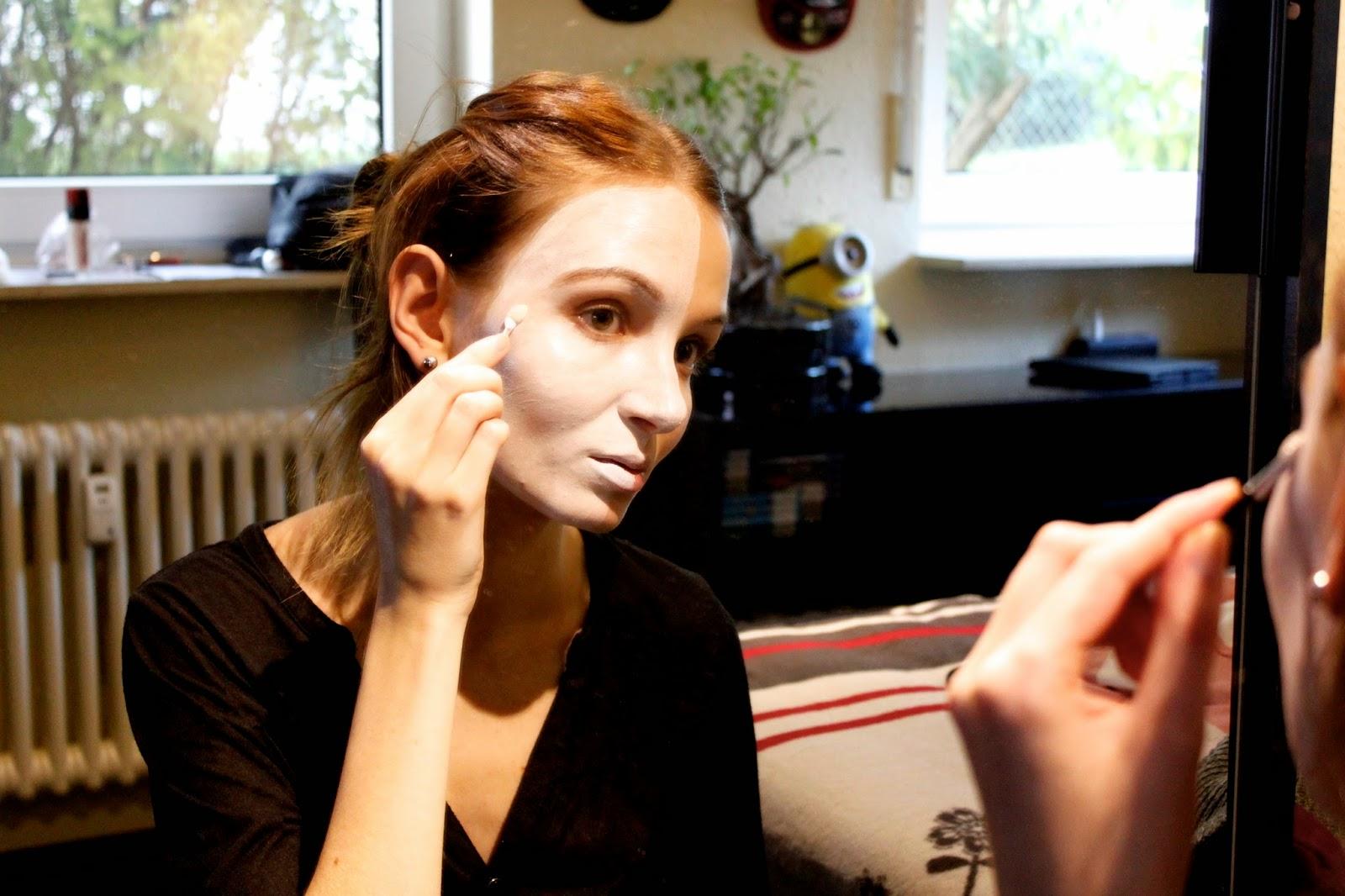 Halloween DIY Beauty-Zombie