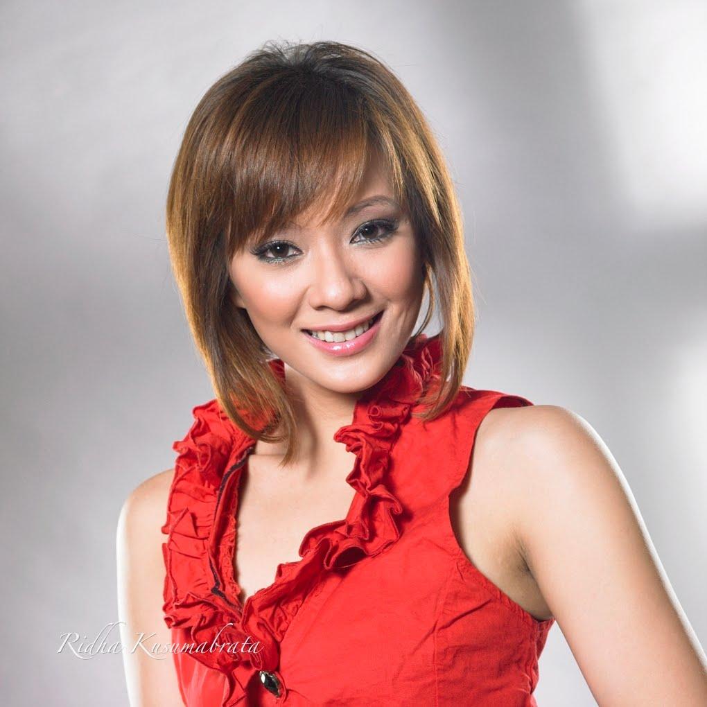 Foto dan Profil Yuanita Christiani
