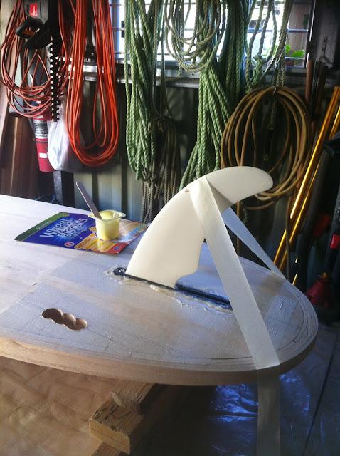install surfboard fin