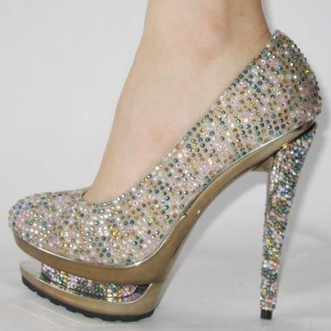 Moda en zapatos de tacón