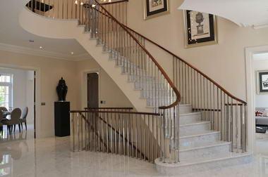 Decoraciones y modernidades escaleras de lujo para tu casa for Escaleras de casas de lujo