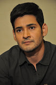 Mahesh Babu stylish photos-thumbnail-18