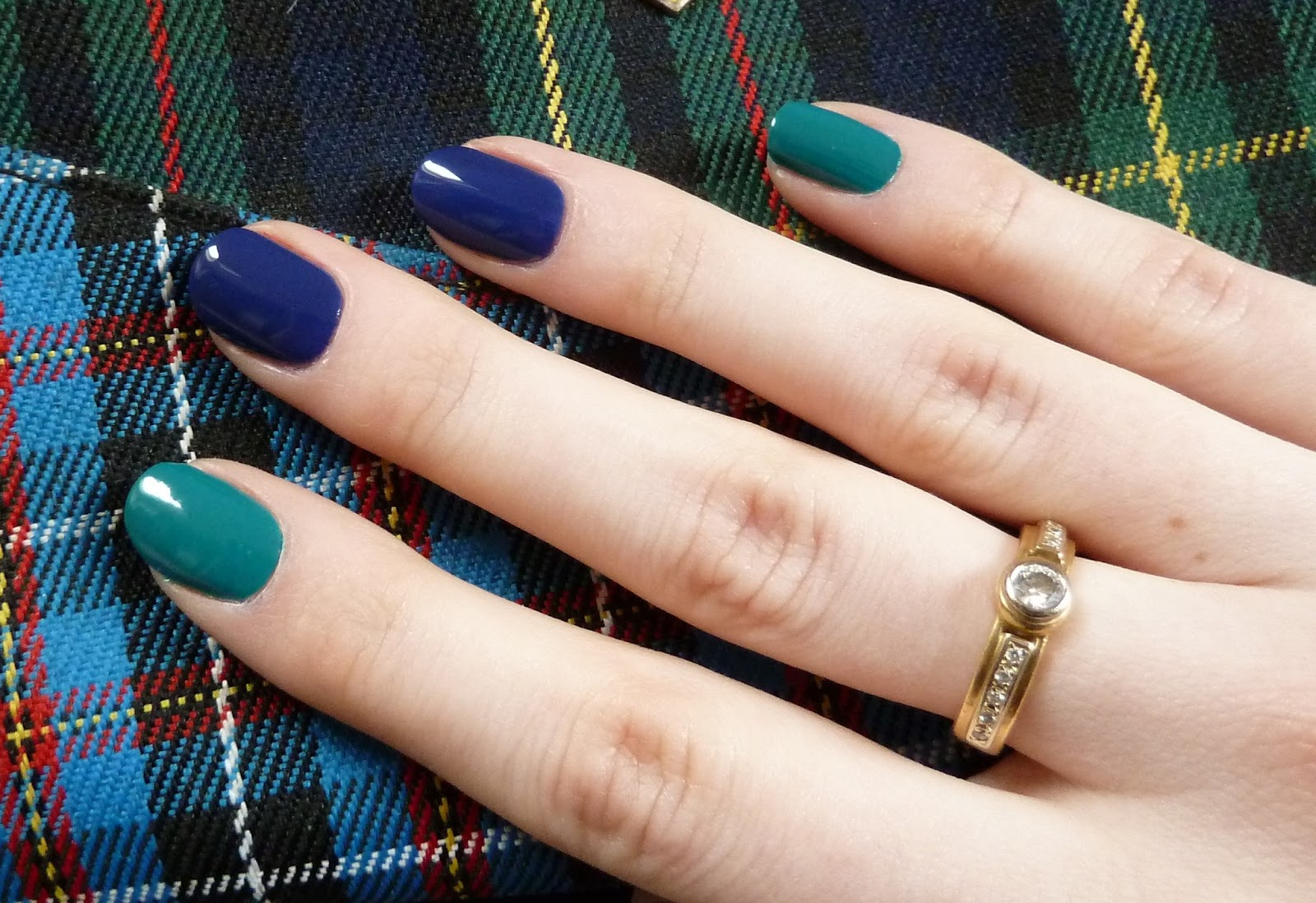 Маникюр фото два цвета на разных пальцах палитра