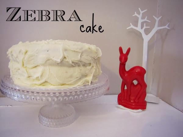 http://www.paisleyjade.com/2013/02/zebra-cake.html
