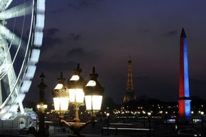 Paris hotels post record year