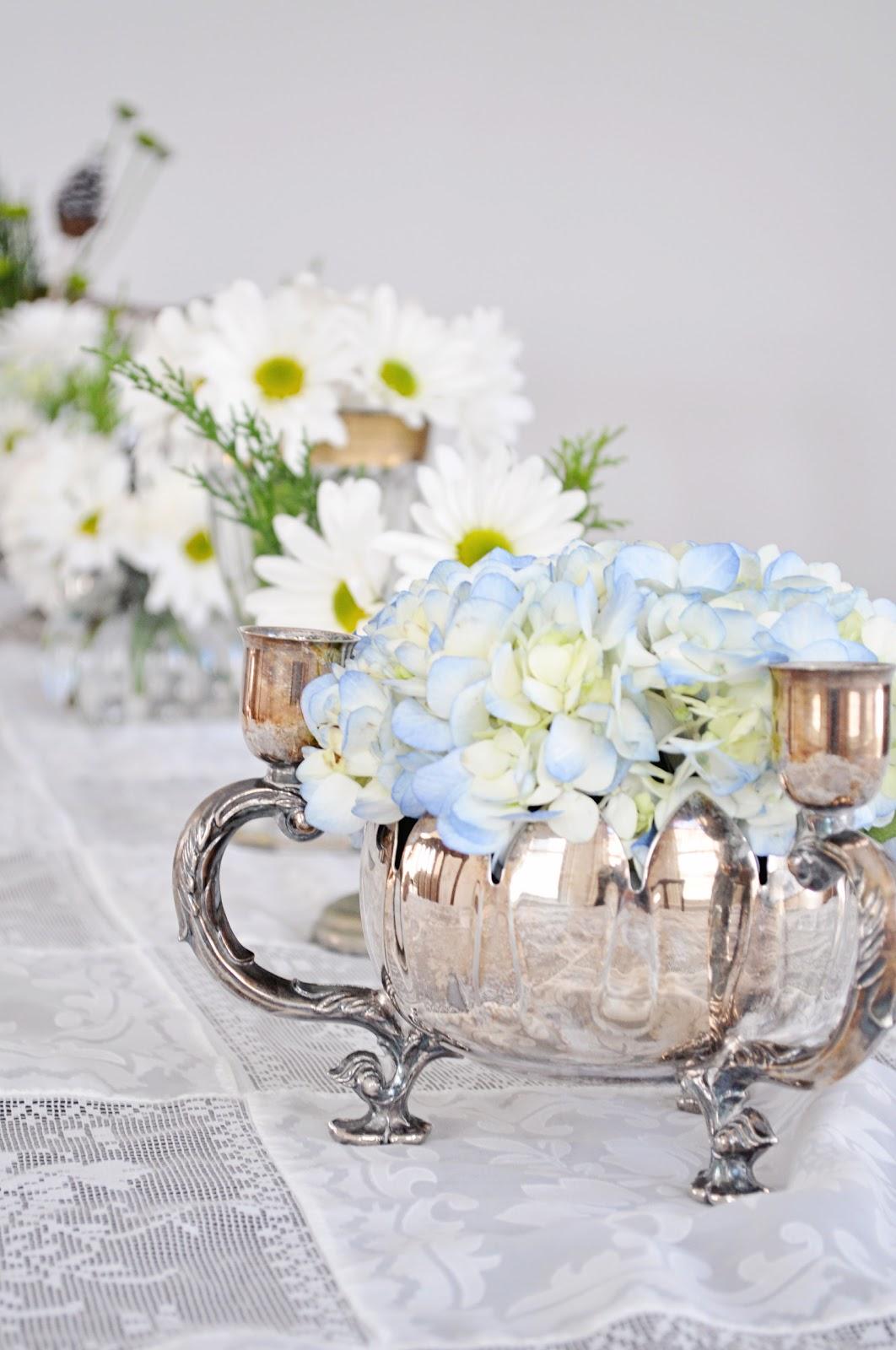Athena & Eugenia: Winter Flower Arrangements: Daisies and Hydrangeas