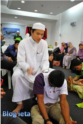 Darul Hijamah, Pusat Rawatan Islam Rawatan Di rumah, Pusat Rawatan Islam, Rawatan Islam, Al-Hijamah, Kursus Kemahiran Bekam, Kursus Kemahiran Bekam Moden, Kursus Kemahiran Bekam Moden, Bekam Moden, Kelas Al-Quran, Kelas Tajwid, Kelas Al-Quran / Tajwid Bersanad, Kelas Al-Quran Bersanad Darul Hijamah, Kelas Al-Quran / Tajwid Bersanad Darul Hijamah, Kelas Tajwid, Bekam Moden As-Syifa', Rawatan Bekam, Bekam Sunnah, Bekam, Kursus Bekam, Memanah, Bengkel Asas Memanah, Sunnah Memanah, Rawatan Alternatif, Darul Hijamah Enterprise, Pusat Rawatan Islam Darul Hijamah, kursus bekam pandan jaya, Review syarikat, Darul Hijamah Enterprise, kaedah rawatan secara berbekam, rawatan as-Syifa', Bekam Moden, Urutan Tradisional, Urutan Tradisional, urutan refleksiologi tangan dan kaki, Bekam Moden angin dan darah, rawatan penyakit Buasir, Darah Tinggi, Gout, Kebas, Kencing Manis, Lemah Badan, Demam, Resdung, Lenguh Lenguh, Sakit Dada, Sakit Kepala, Sakit Kaki dan Tangan, Sakit Sendi, khidmat kaunseling, motivasi pelajar, aktiviti Kelab Kelab Sukan dan Budaya Darul Hijamah, http://www.blogieta.com/2013/12/pusat-rawatan-islam-darul-hijamah.html