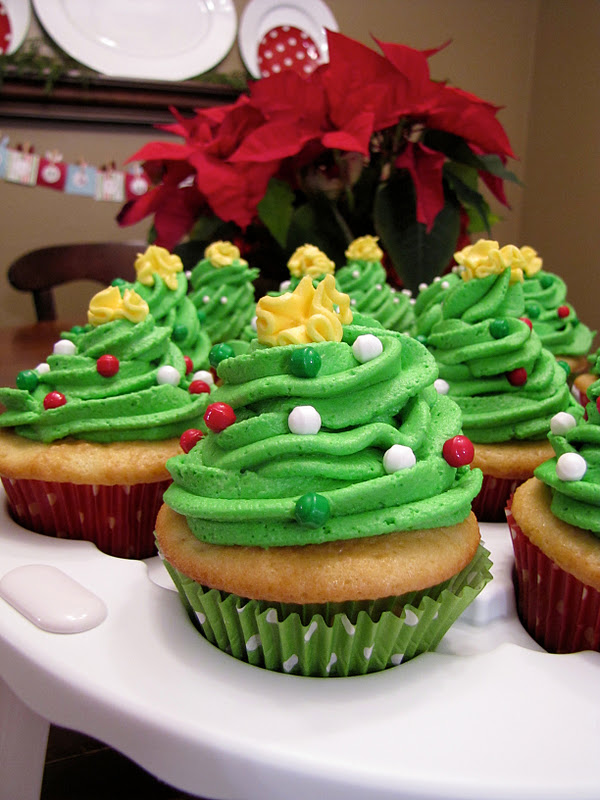 The Modest Homestead Christmas Tree Cupcakes