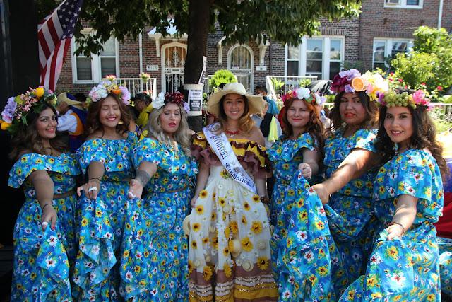imagenes del desfile ecuatoriano de Queens New York - danza tradicional ecuatoriana