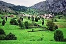 5 Fotografías de la población de Beges, Cantabria