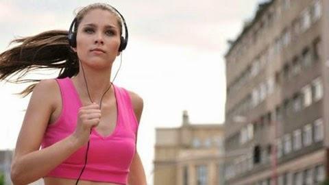Tác hại của việc dùng tai nghe không đúng cách