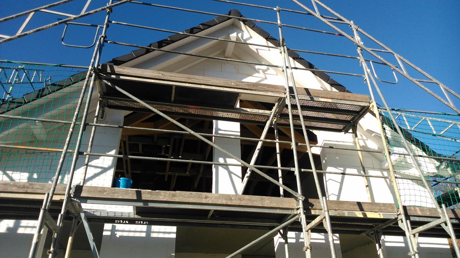 abenteuer eigenheim tag 83 sreichen des dach berstandes iv. Black Bedroom Furniture Sets. Home Design Ideas