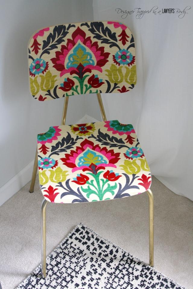 Memodifikasi kursi lama biar menarik