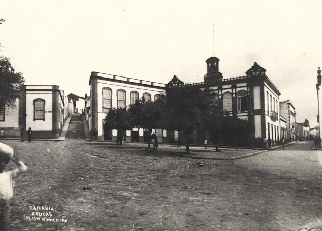 Imagen nº 5869 propiedad del archivo de fotografía histórica de la FEDAC/CABILDO DE GRAN CANARIA. Realizada por D. Luis Ojeda Pérez entre los años 1895 y 1905.