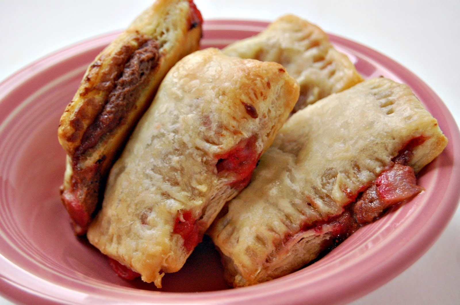 SewSweetStitches: Strawberry Nutella Turnovers