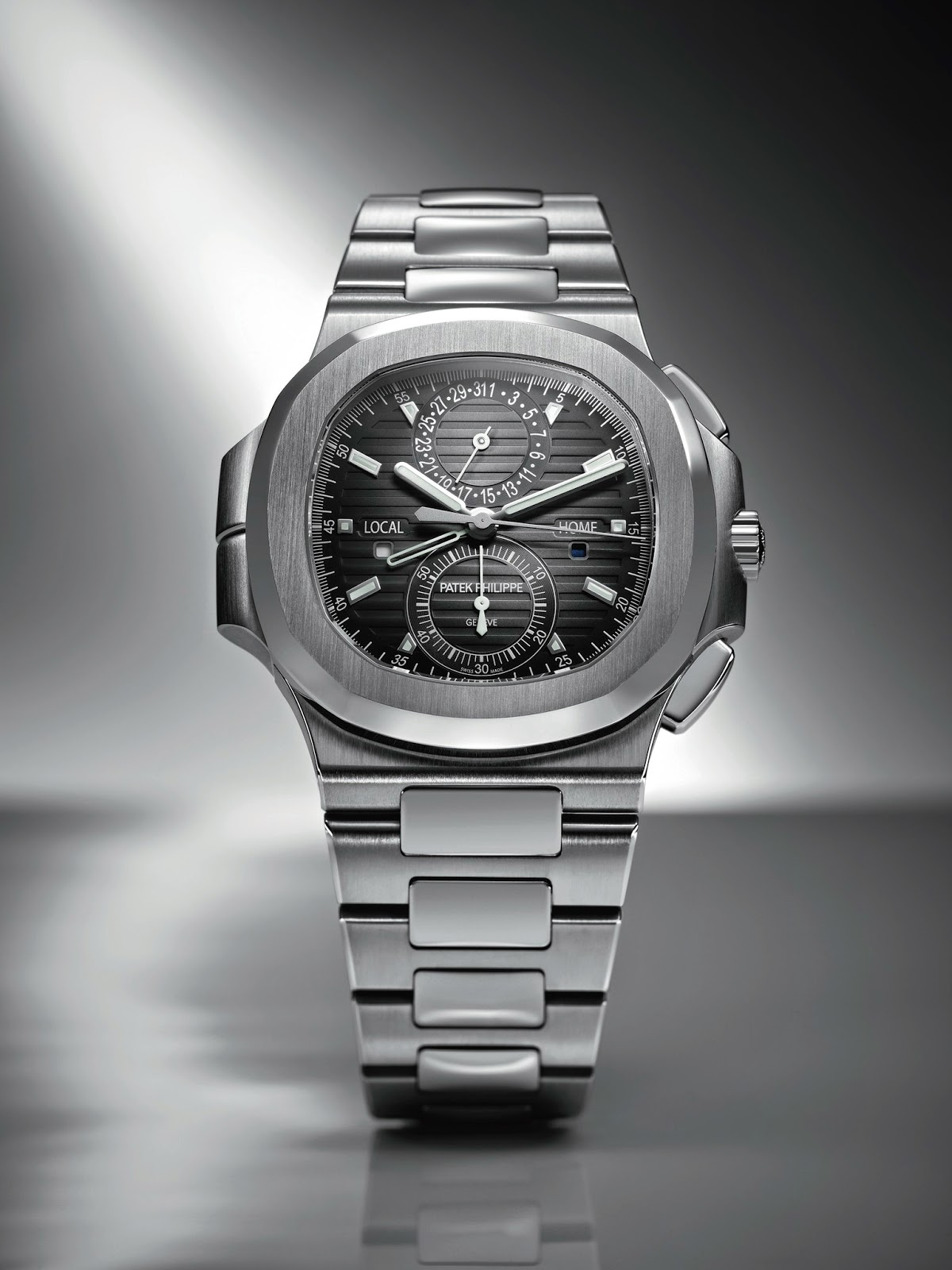 Height of horology patek philippe nautilus travel time chronograph ref 5990 1a for Patek phillipe watch