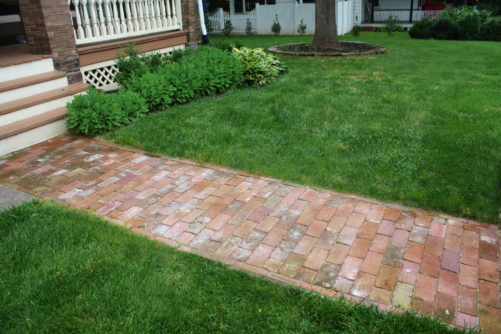 High street market diy antique brick pathway for Diy brick projects