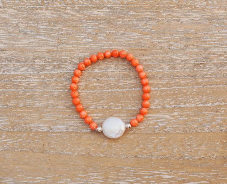 Pulsera de coral tangerine mandarina, plata y perla