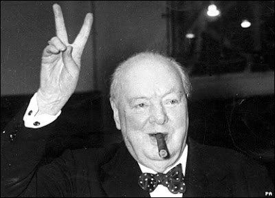 Wiston Churchill, ahorro, one-liner, político, premio Nobel, humor