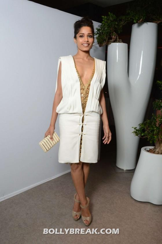 , Freida Pinto In White Dress At L'oreal 15th Anniversary Dinner