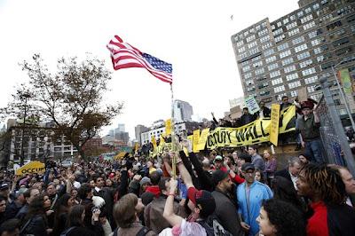 Justiça autoriza retorno de manifestantes do Occupy Wall Street a praça em Nova York
