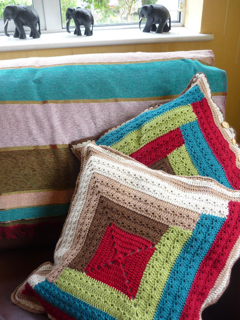 crochet log cabin cushion