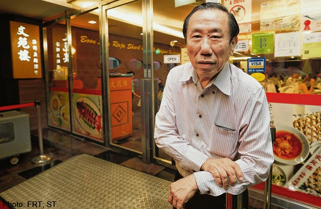 Owner of Boon Lay Raja restaurant, Mr. Henry Tan.