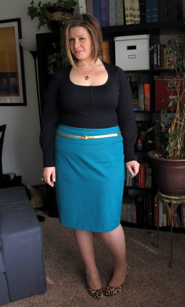 Navy sweater LOFT old Teal pencil skirt eloquii Pale gold belt
