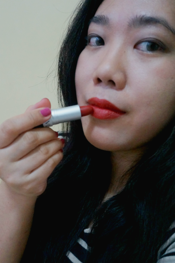 Swatches: Revlon Matte Lipstick in In The Red