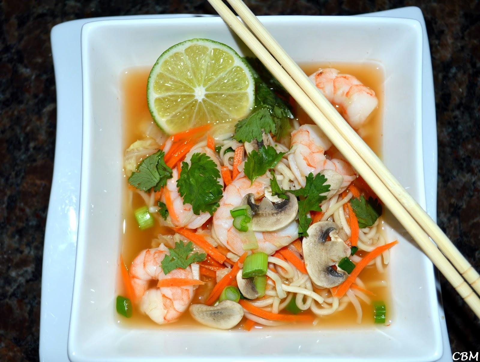 dans la cuisine de blanc manger soupe orientale aux crevettes. Black Bedroom Furniture Sets. Home Design Ideas