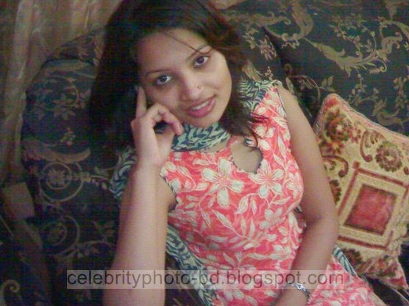 Bangladeshi+Beautiful+Call+Model+Girl's+New+Pictures+And+Photoshoot005