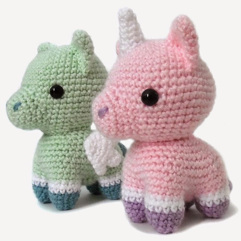 Free Amigurumi Crochet Patterns Unicorn : i crochet things: Pattern: Unicorn and Pegasus Amigurumi