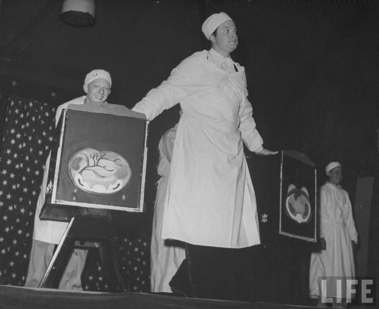 ... Twenties: Mercury Theater Wonder Show Starring Orson Welles - Part 8