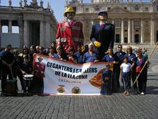 També fomentem la Cultura Gegantera Catalana a altres països i Continents