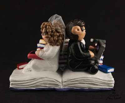 reading writing bride groom wedding cake topper