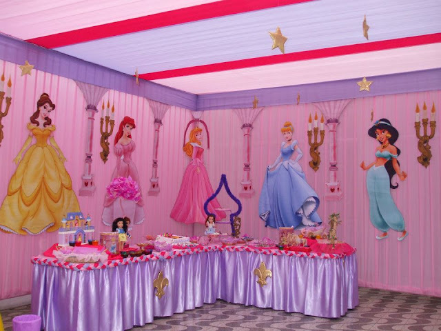 Fiesta infantil de princesas decoracion en fiestas for Decoracion salon infantil
