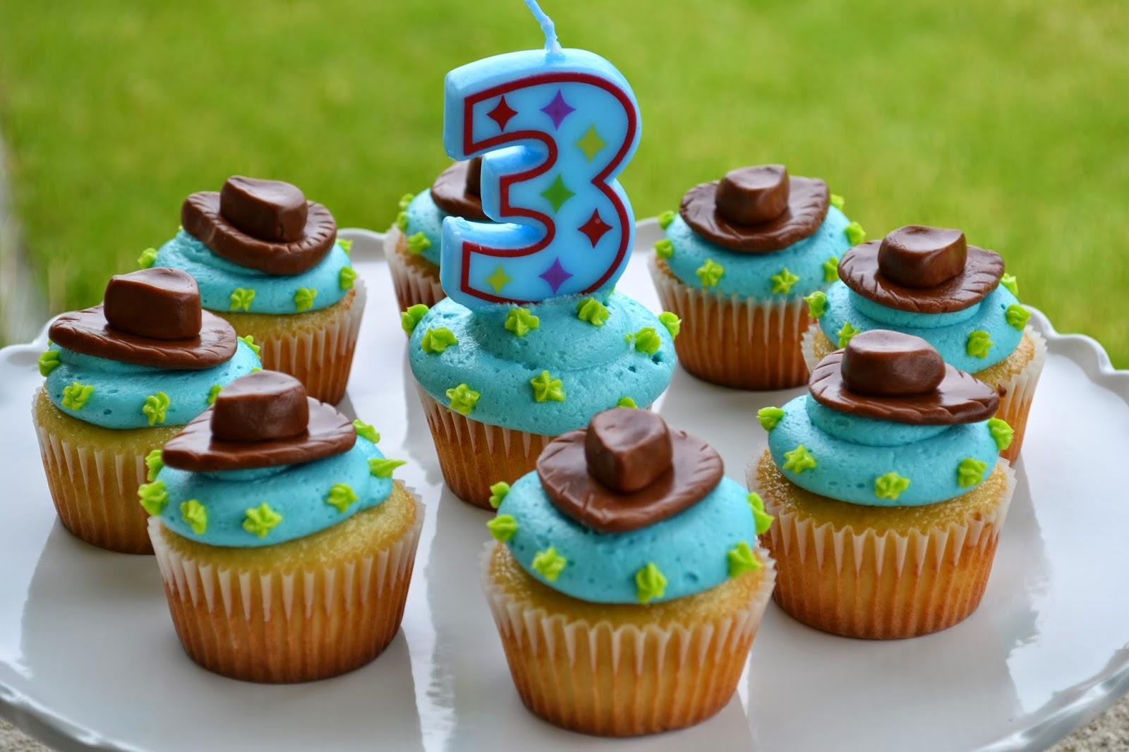 Woody Cupcakes