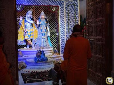 Happy Krishna Janmashtami 2012! Jagadguru Kripaluji Maharaj in Vrindavan