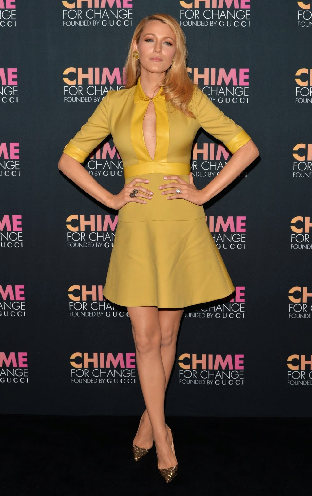 Blake Lively wears a Gucci dress for the 2014 Chime for Change Event ...