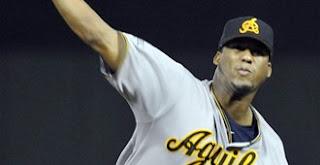Indios sacan a Carmona de rotación: Pitcher perdería salario 7.0 millones