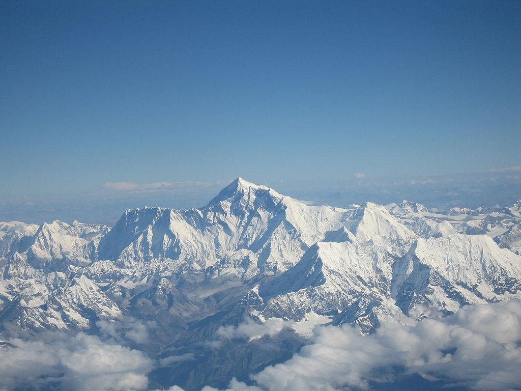 http://3.bp.blogspot.com/-D7QYzhL5Z7k/T898CKMoWXI/AAAAAAAAC6c/zkKQjNepvtU/s1600/Mount_Everest_Nepal.jpg