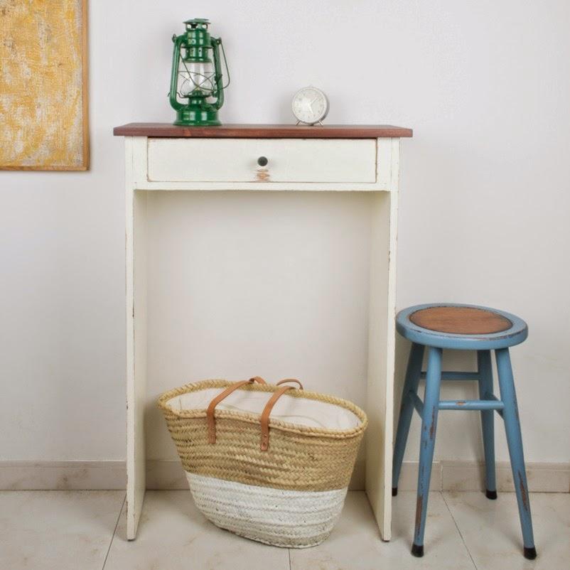 Antic chic decoraci n vintage y eco chic diy c mo for Mueble recibidor vintage