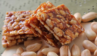 http://recipes.sandhira.com/peanut-chikki.html