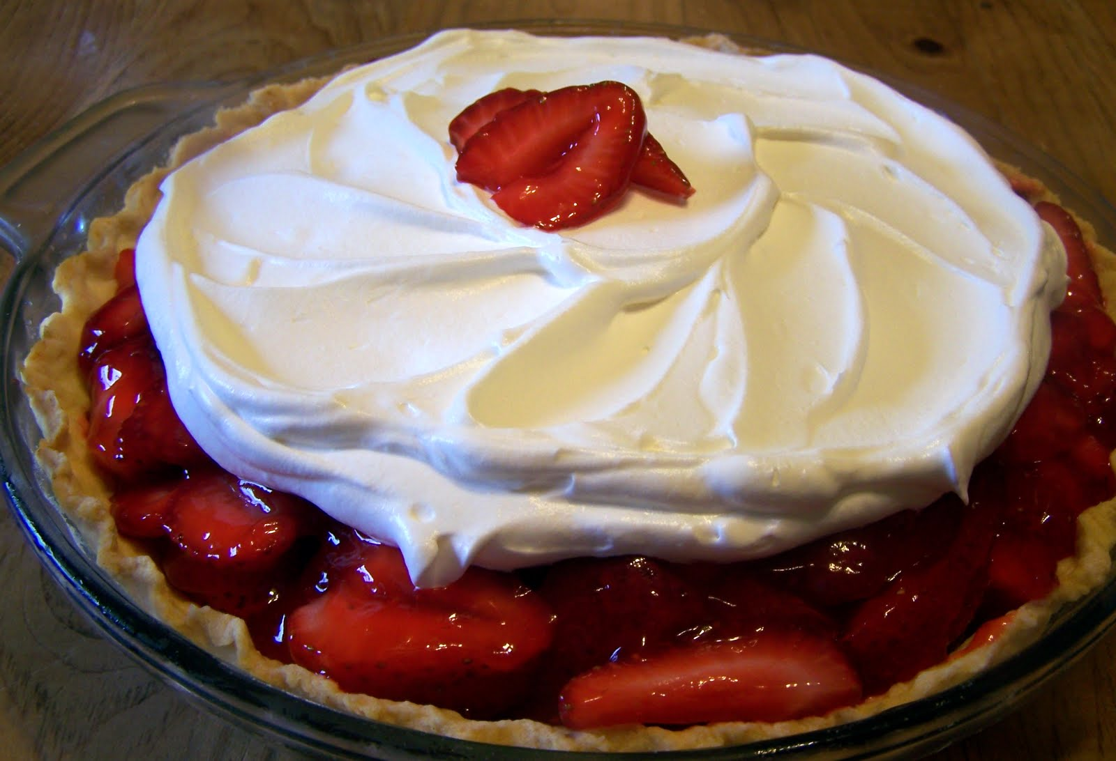 TheKitchenCookie: Fresh Strawberry Pie